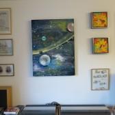 Gul lysstribe – maleri på vægge – Lars Stounberg
