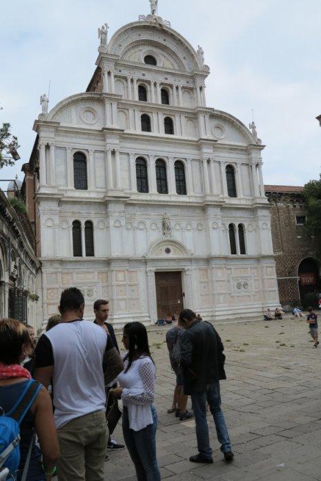 Kirke på pladsen for udstillingen