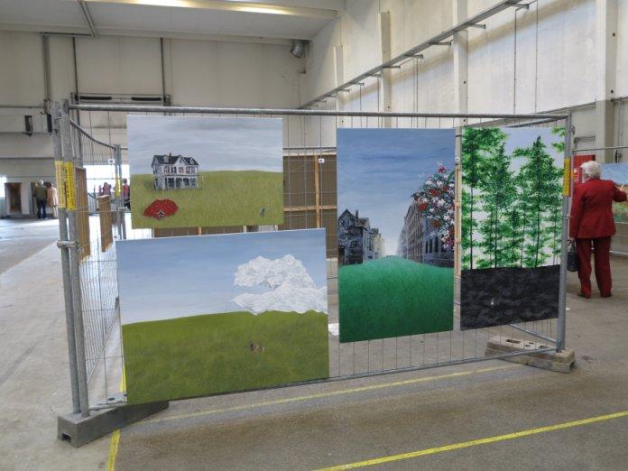 Kunst på Kryds - andre kunstnere - maleri med skov og skyer