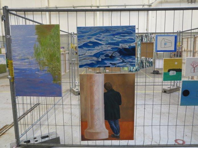Kunst på Kryds - andre kunstnere - malerier med vandspejlinger superrealisme